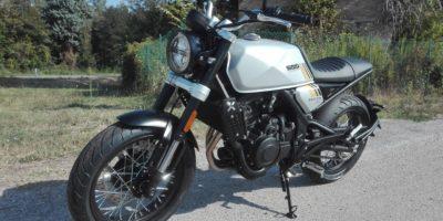 BRIXTON 500cc